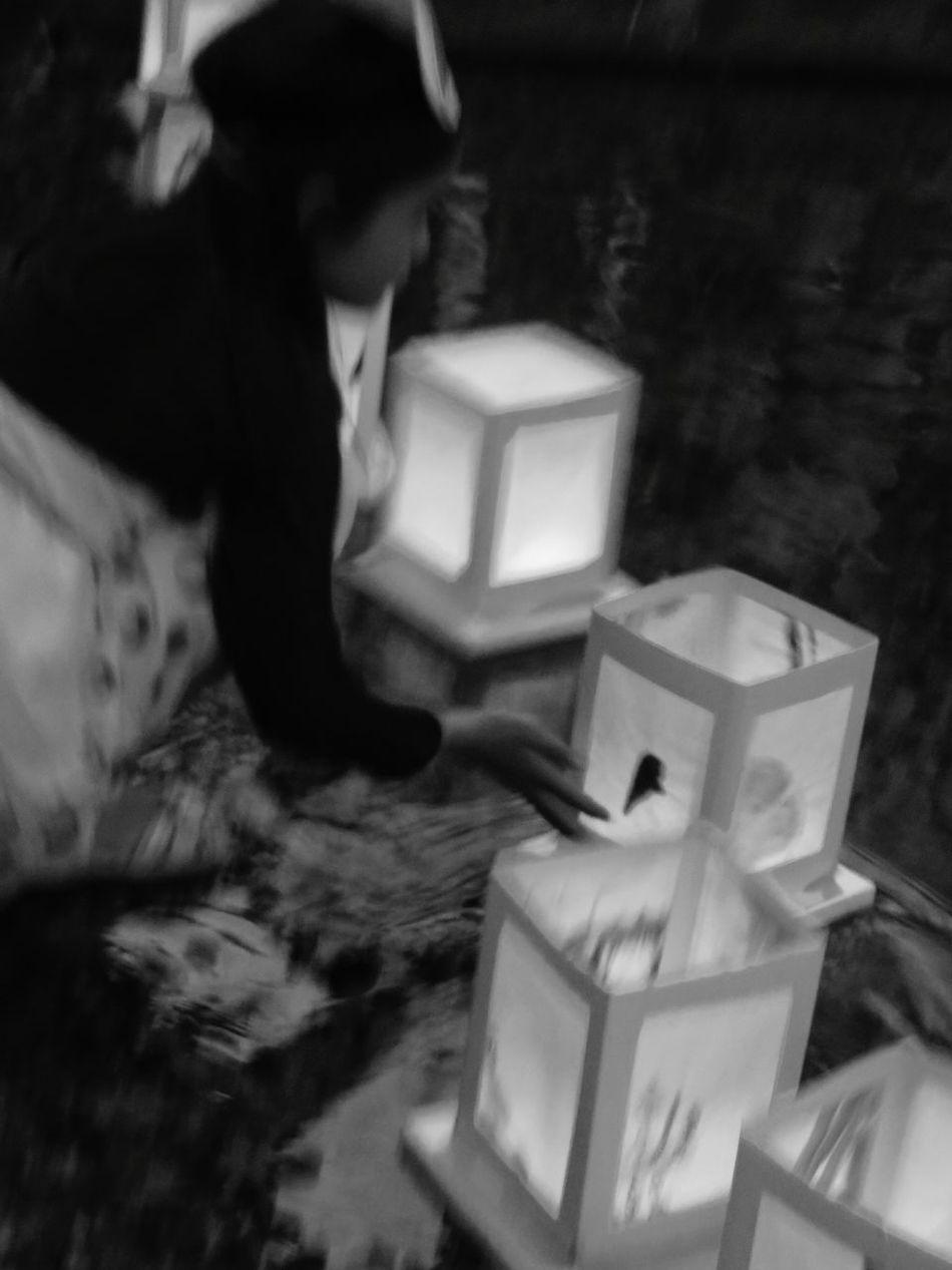 Japan girl... Japanese Festival Japan Photography Japanese Girl Japanese Style Japanese Culture Japan Japon Japan Culture Bnw Theappwhisperer Burnmagazine Magnumphotos Lensculturestreet Lensculture Black And White Collection  Blackandwite Blancoynegro Black And White Photography Noir Et Blanc Slow Lanternfestival Lantern Festival Rsa_streetview Bnwphotography Tinycollective Vogue Magazine