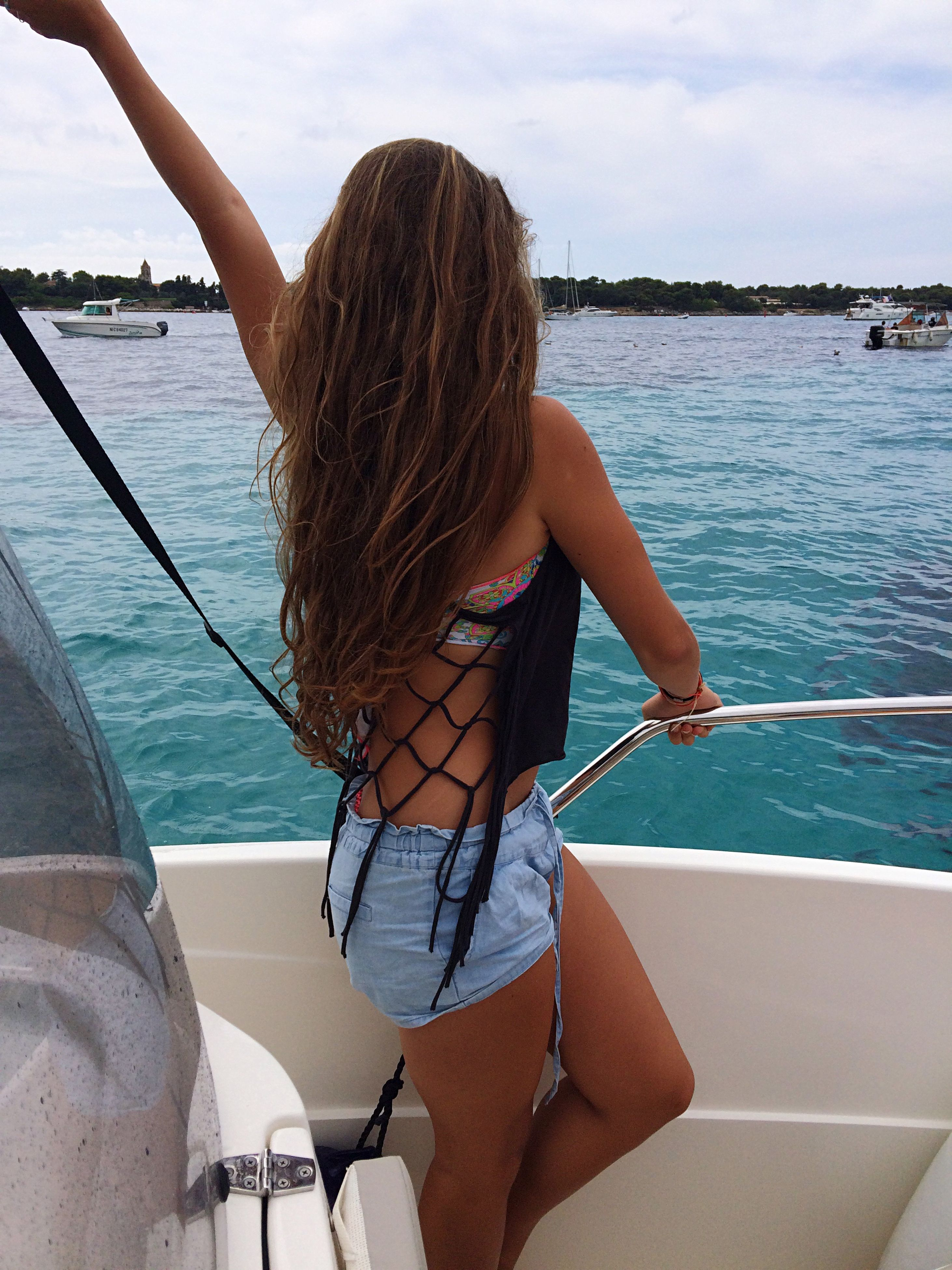 water, sea, lifestyles, leisure activity, young adult, young women, sky, long hair, person, rear view, vacations, bikini, nautical vessel, day, standing, outdoors