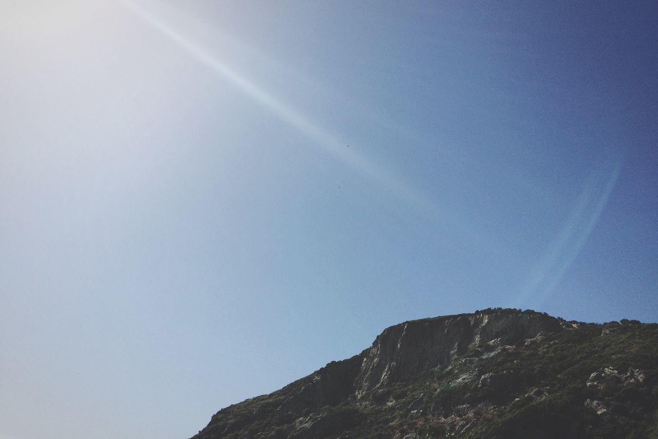 Blue Sky View Mountain Sunrays
