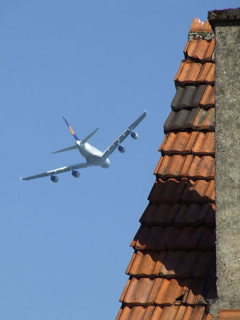 Überflug A 380 Airbus Blue Clear Sky Day Flying Low Angle View Lufthansa No People Outdoors Sky