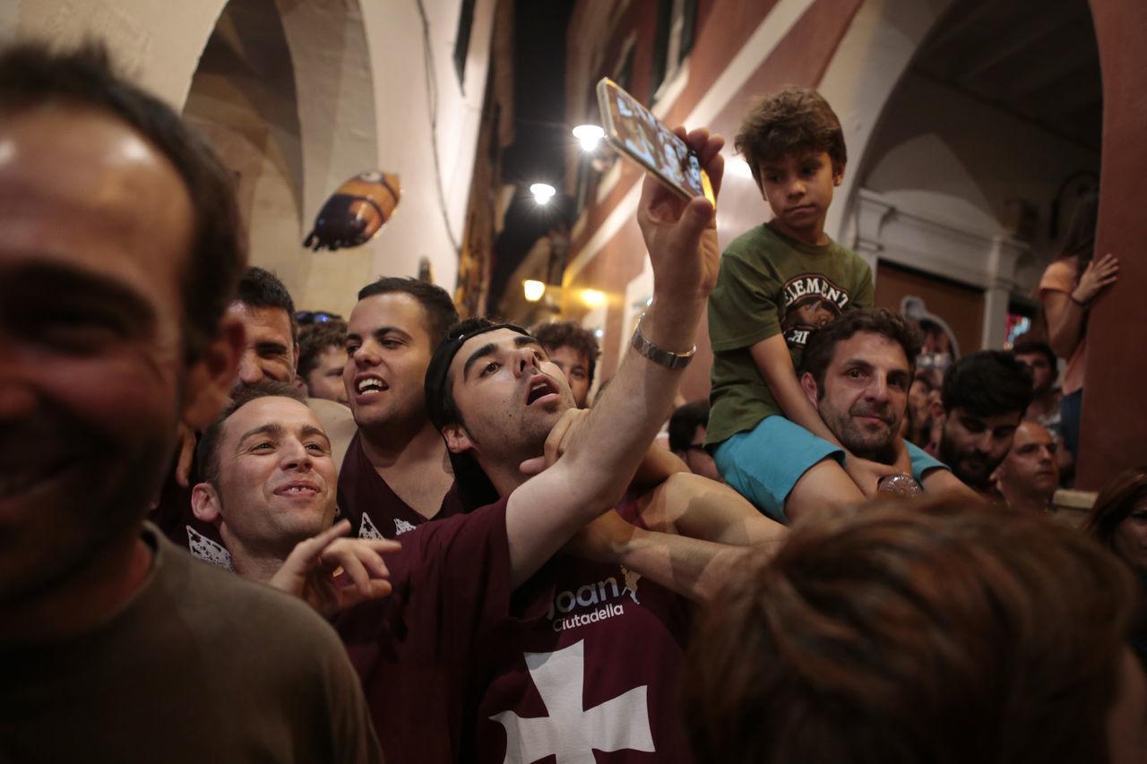 Autoportrait Boy Celebration Ciutadella Couple Crowd Festivities Mobile Night Photography Saint John Selfie Stupid Face Showcase June