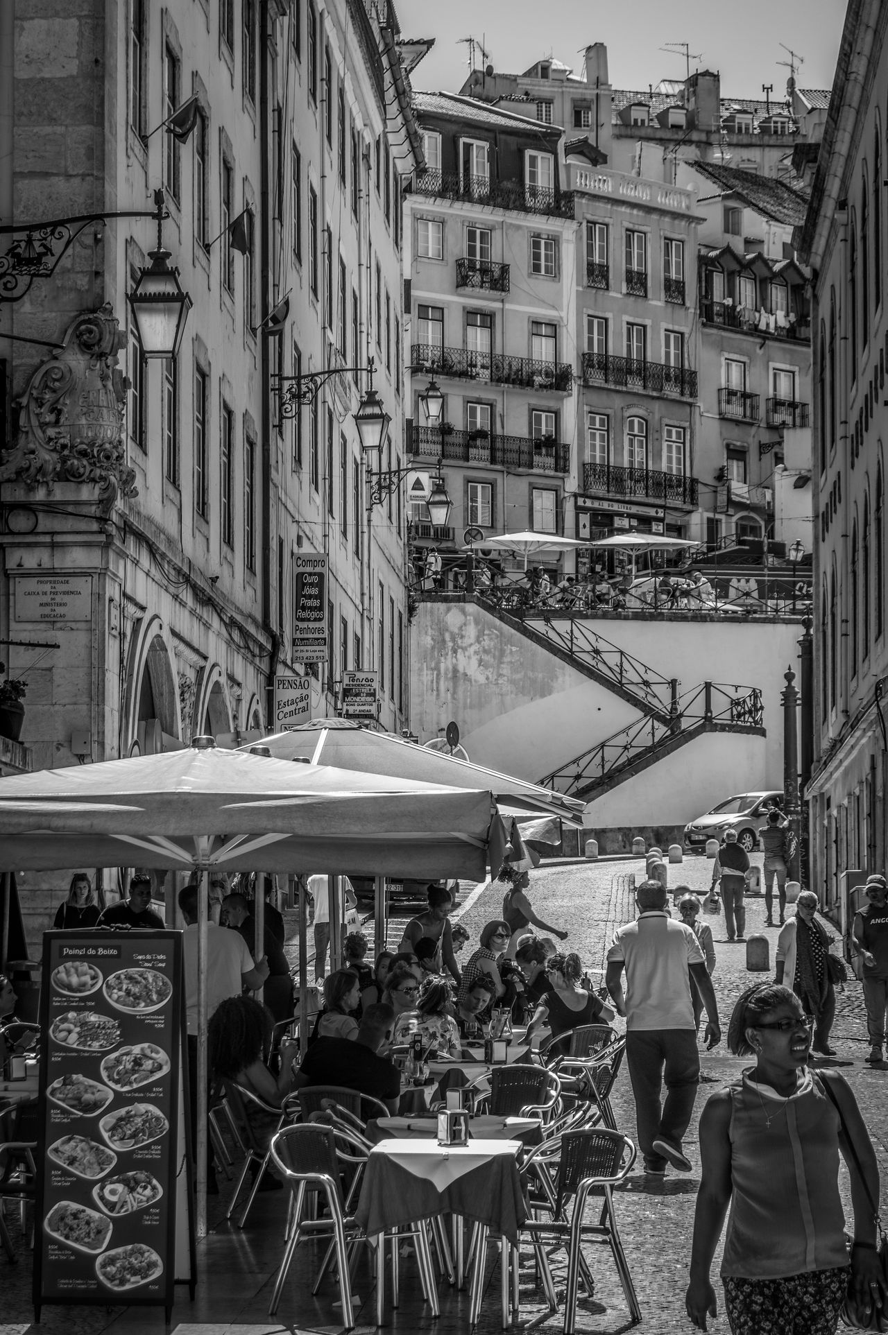 Black & White Black And White Blackandwhite City City Life City Street Lisboa Lisboa Portugal Lisboaamor Lisboalive Lisbon Lisbon - Portugal Lisbon City Life Lisbon In Black And White Lisbon, Portugal Lisbona Lisbonlife Lisbonlovers Lisbonne Lisbonne En Noir Et Blanc Street Street Photography Streetphoto_bw Urban Urbanphotography First Eyeem Photo