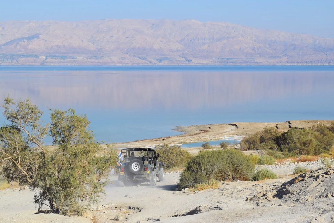 Israel Deadsea Mountains Mein Automoment Mountain View Mountain Range Reflection Reflections Sea Seaside Outdoors Traveling Travel Photography Exploring Exploring New Ground Jeep Transportation Desert Deserts Around The World Desert Beauty Vehicle Pastel Enjoying Life The KIOMI Collection Weekend Activities