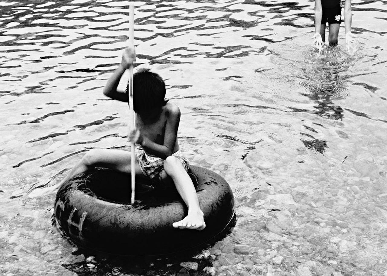 Summer Views Eyeem Philippines Streetphoto_bw Streetphotography Blackandwhite Children Black & White Shades Of Grey The Essence Of Summer- 2016 EyeEm Awards