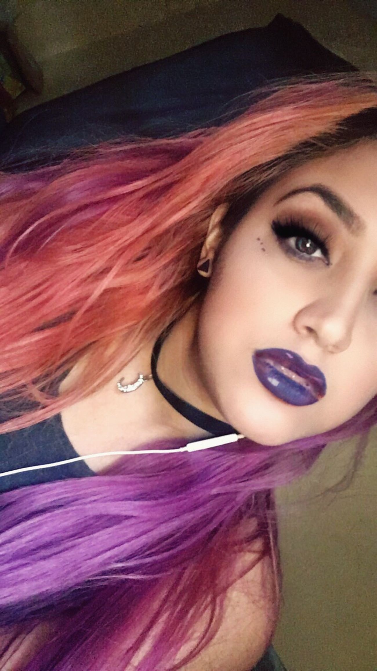 Tell me I'm pretty 🖤 Today's Hot Look That's Me Makeupoftheday Makeup Long Hair Dyed Hair Pout Purple Hair Pink Hair Girl Feeling Myself  Lovely Eyes Purple Lipstick Eye Lashes