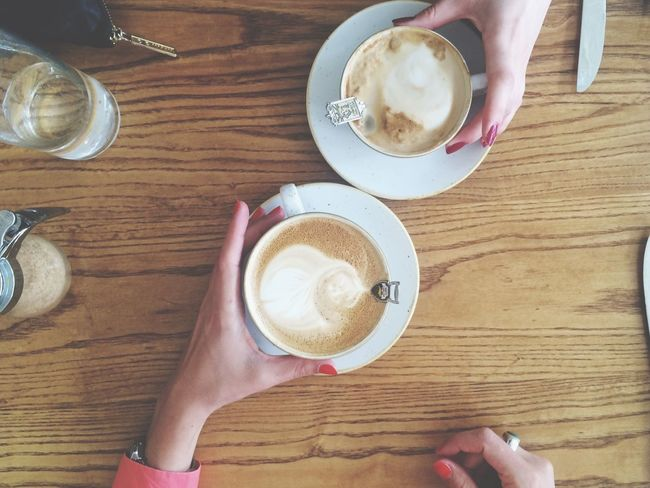 Twin Coffee Nails Hands