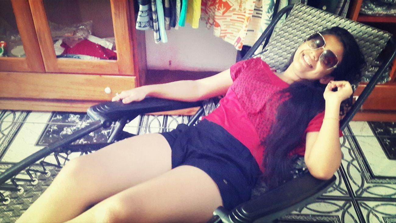 Trabalhando☆ Dia A Dia *-* Hanging Out