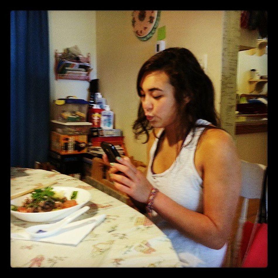 Made lunch for Dana Shelovesit LovelyGirl Lovelylunch Deepfryricenoodlewithbeefandveggiestirfry longname
