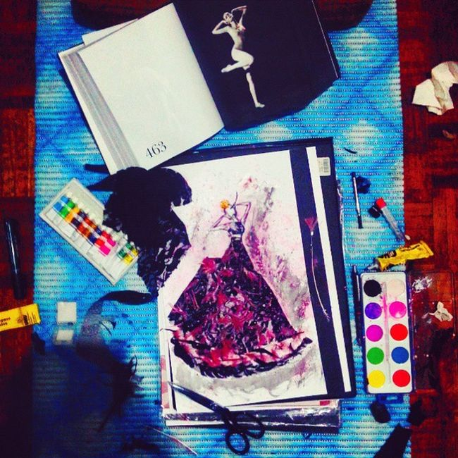 Today I was feeling a little bit more romantic ! Fashion Art Dress Cocorocha Coco StudyOfPose Drawing Art_empire Fashiongram Fashionblog OneFashionConcept Watercolor