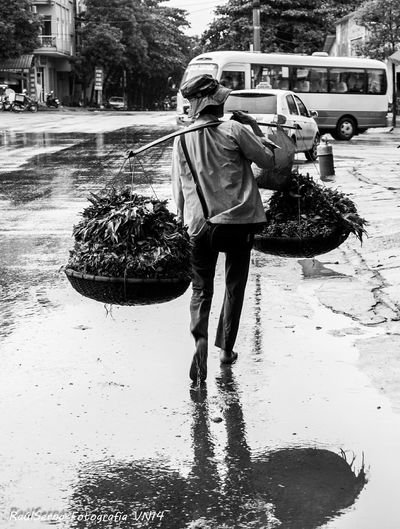 People in Lao Cai Vietnam Vietnamese Typical Black & White Black&white Street Streetphotography Nikonphotography Travel Working Hard