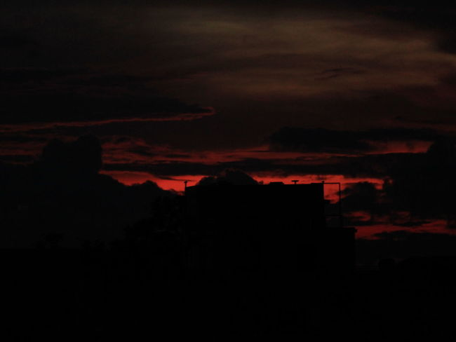 A Dusky Evening On My Terrace Red Sky Relaxing Iluvphotography Abeautifulsunset
