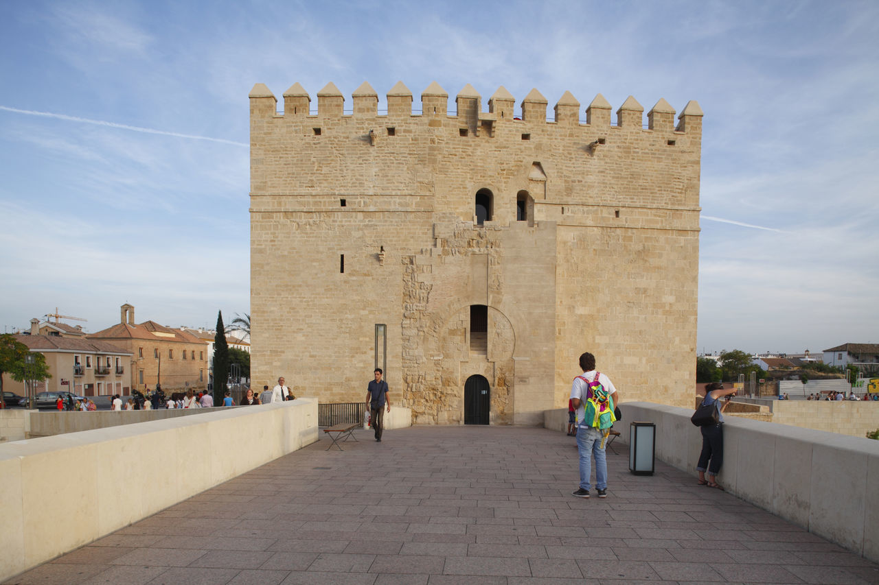 Torre de la Calahorra, Cordoba, Andalusia, Spain Adult Adults Only Andalucía Andalusia Architecture Bridge Building Exterior Built Structure Calahorra Córdoba Day Fort Full Length History Landscape Outdoors People Place Of Worship Sky SPAIN Torre Tower Tower Bridge  Travel Destinations