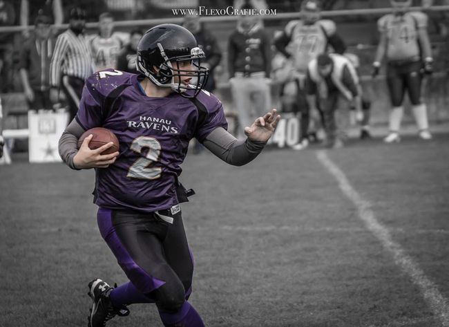 Americanfootball Football Footballplayer  Sport Sports Sports Photography Canon Canonphotography Casual Clothing Leisure Activity Side View Running Person FlexoGrafie