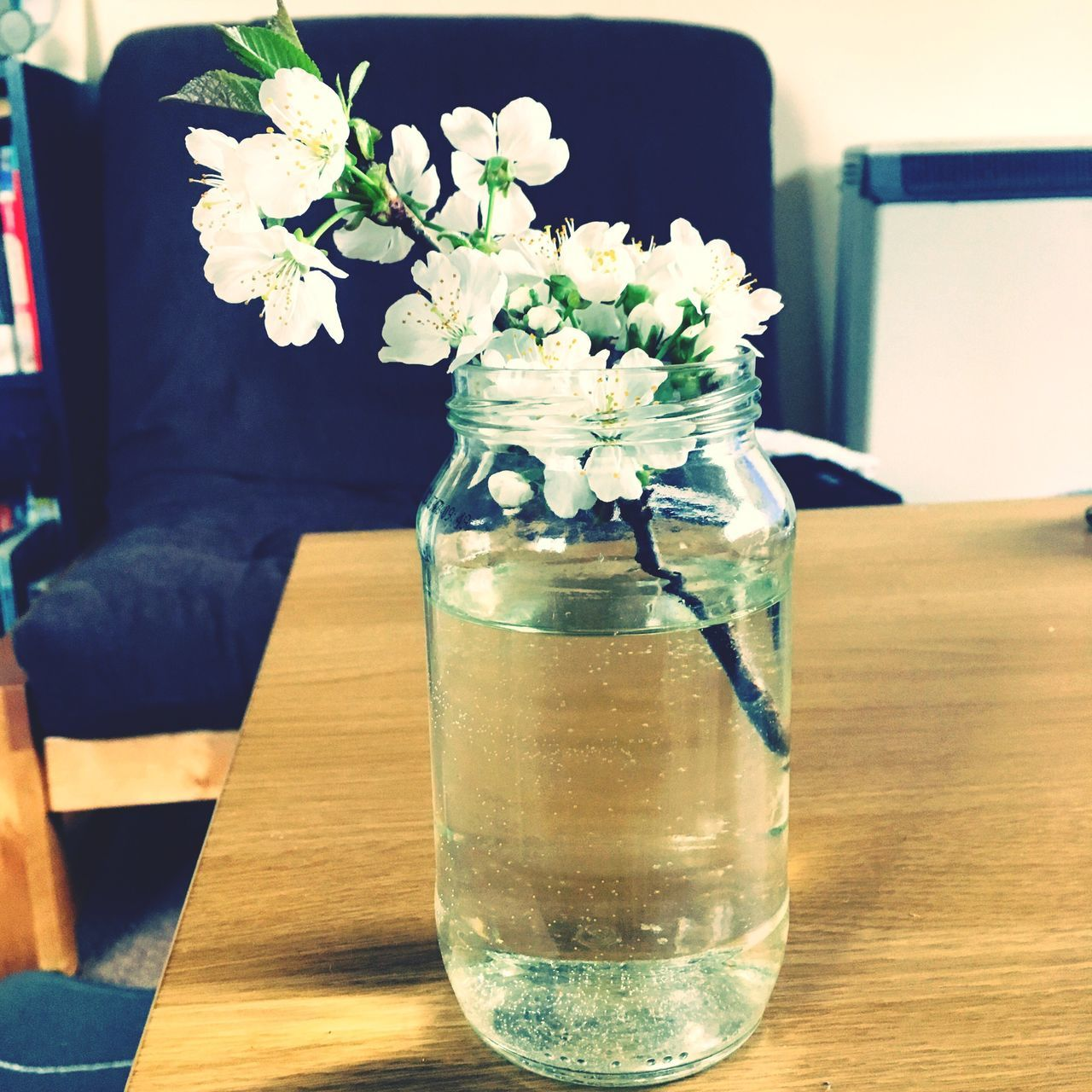 table, flower, drink, freshness, vase, refreshment, drinking glass, food and drink, no people, indoors, close-up, day, wireless technology, nature, fragility