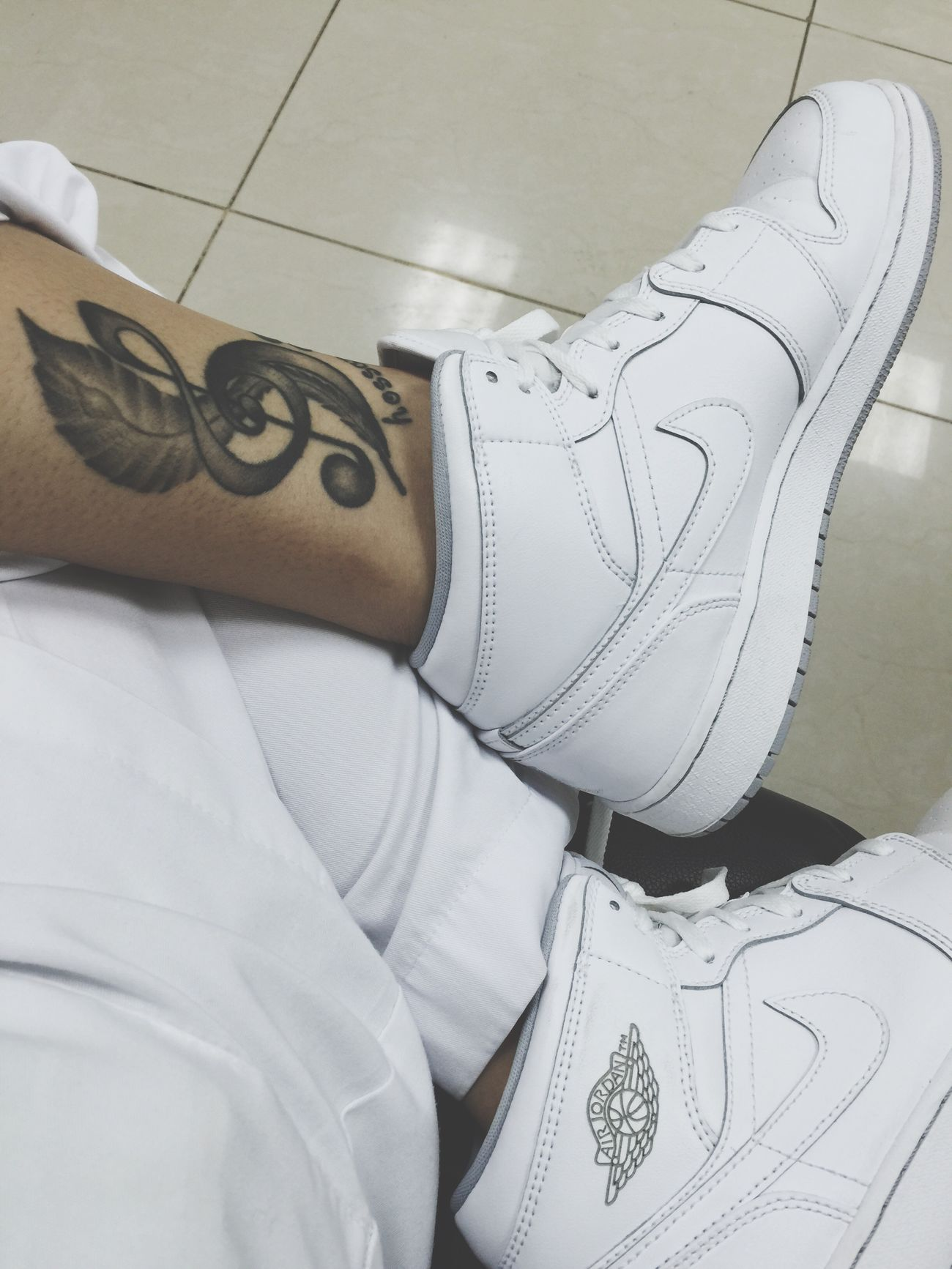 Skinart Blackandgray Airjordan1 Shoeselfie End Shift