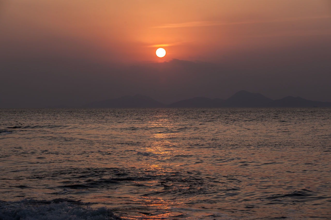 Atmosphere Atmospheric Mood Beauty In Nature Byunsan Chaeseokgang Horizon Over Water Idyllic Light Majestic Orange Color Outdoors Scenics Sea Seascape Silhouette Sky Sun Sunset Sunset_collection Tranquil Scene Water Wave