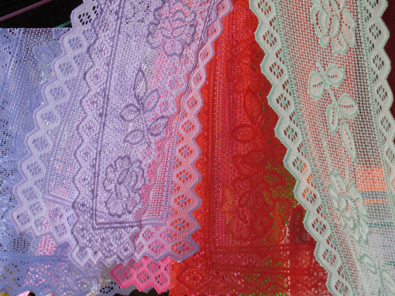 Rendas ao vento Close-up Colors Crafts Culture Day For Sale Handmade Indoors  Lightness Market Multicolors  No People Pattern Shapes And Forms Textile Tranquility Wind