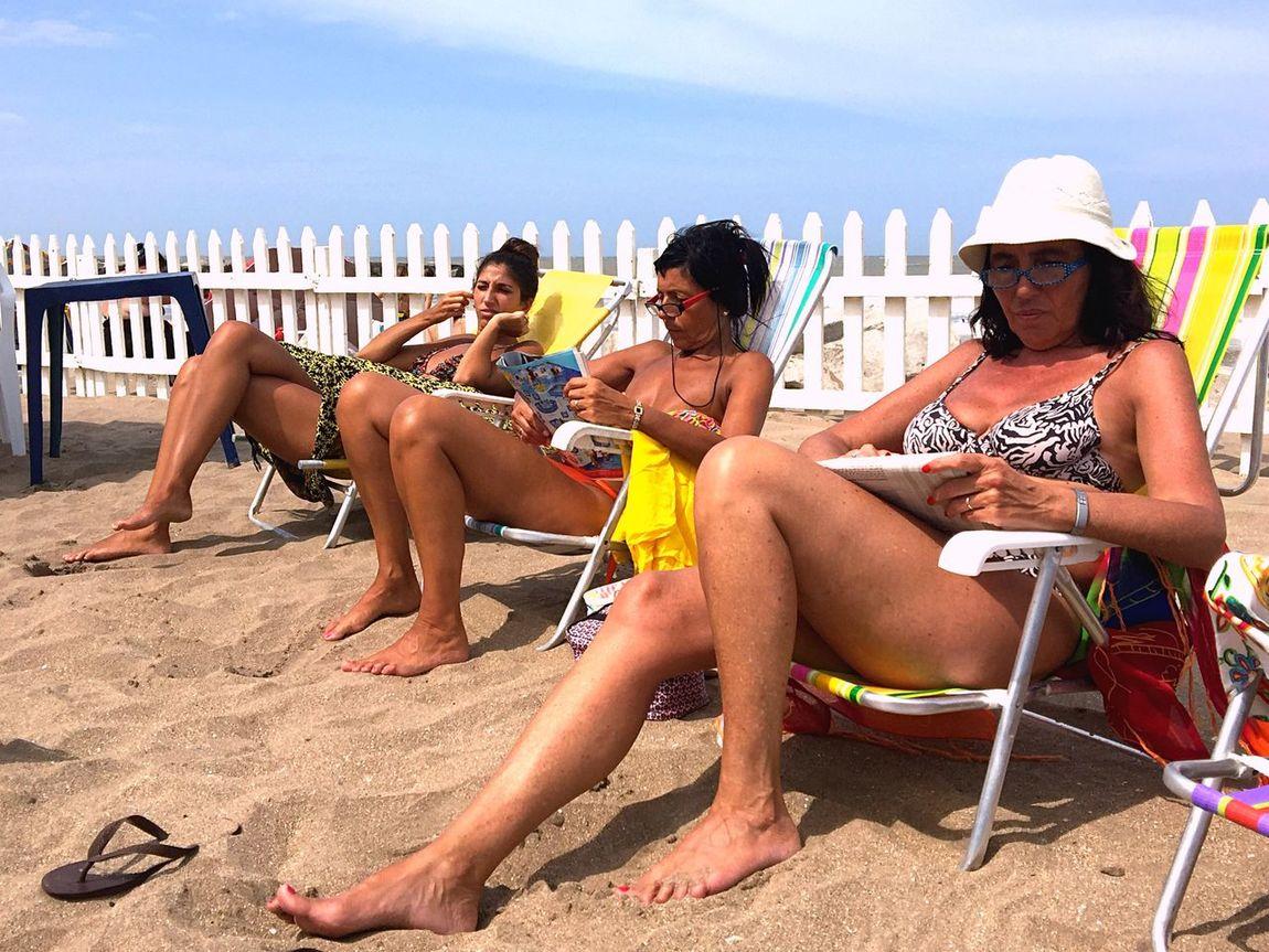 Being A Beach Bum EyeEM Beach Photography EyeEm 2016 Getting A Tan Reading Relaxing Enjoying The Sun EyeEm Nature Lover Summer 2016 Enjoying Life