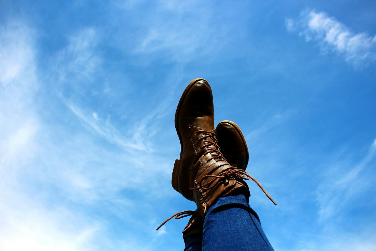 Shoes Boots Brown Sky Photography Nature Modern Blue Cluuds Sky And Clouds Sky_collection Skylovers Taking Photos Check This Out Hello World Eye4photography  Beautiful EyeEm Best Shots Brown Boots