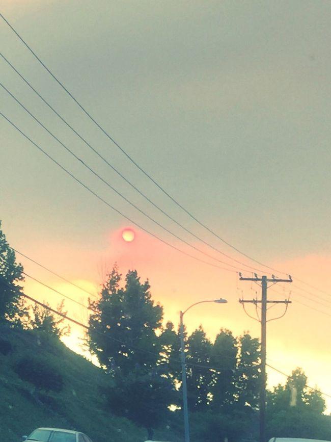 Bloody Sun Santa Clarita Fire in California Fire California Sun Blood Hot Day Unbelievable Scary