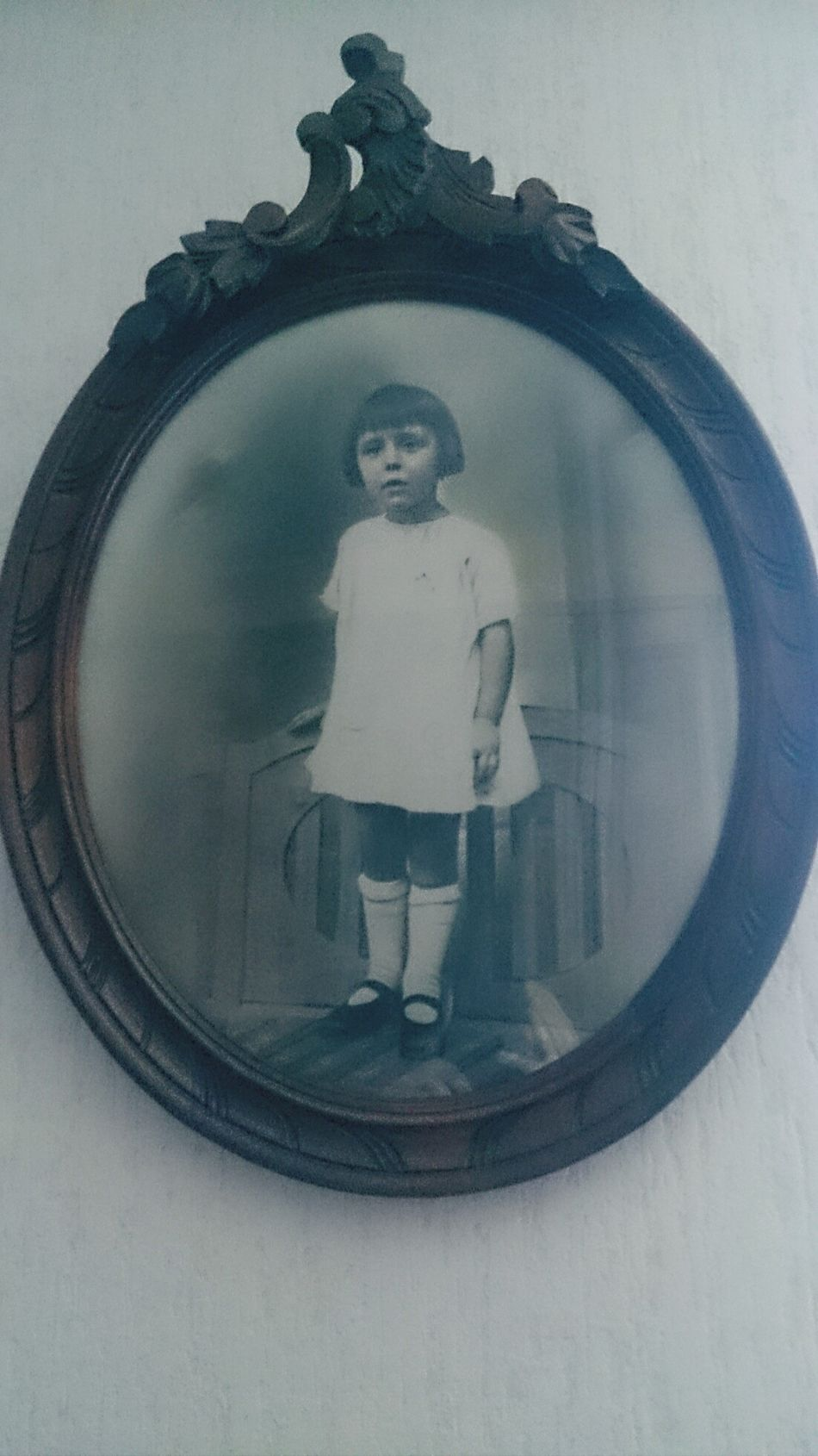 childwood picture. Young lady's getting old. Hello World