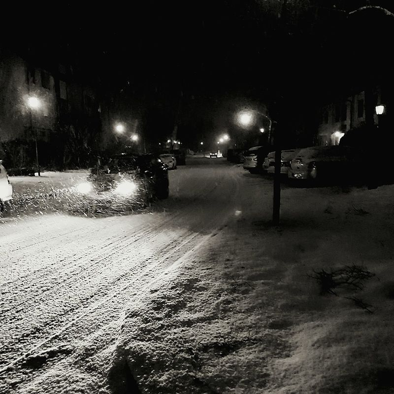 Illuminated Night No People Outdoors Car Snow Track Car Night Lights Night Snow Headlights Snowing Night Snowing Street Light Streetphotography Shine Bright Bw Black And White Blackandwhite Tracks In Snow Tracks Headlight Black & White Headlight Trails Headlight Movie Scene