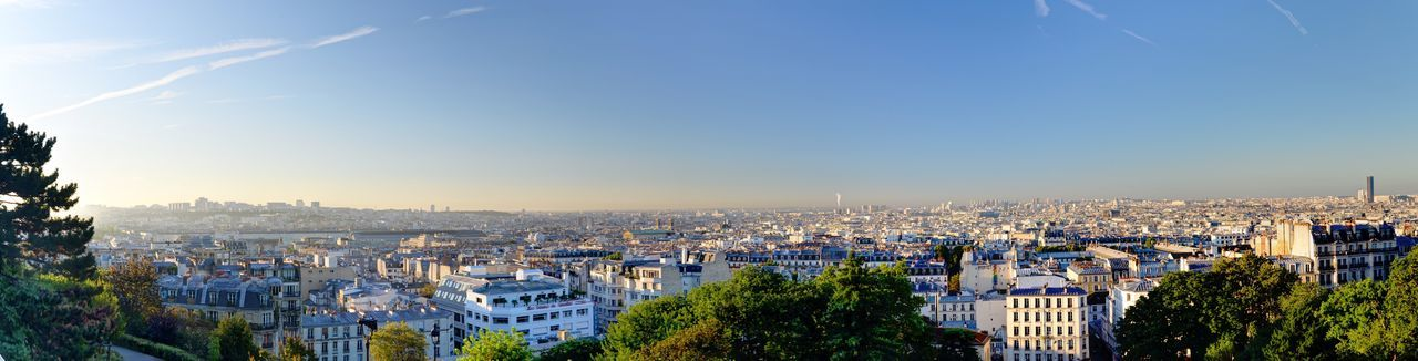 Scanaki Panorama Paris Montmartre Lever De Soleil Nikon D5100  Sunrise Panoramic Sacre Coeur Nofilternoedit Picoftheday Rooftop Check This Out Enjoying The View Famous Place Frankreich Landschaft フランス فرنسا Париж I'm looking towards the south, sunrise is flooding Paris Perspectives On Nature