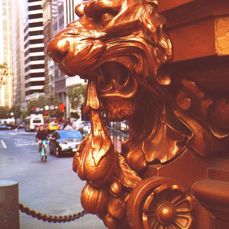 Guardian Lion Downtownsf On The Streets
