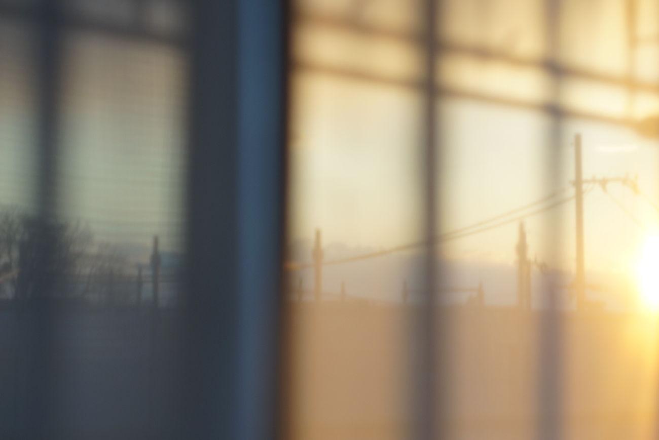 Window Indoors  Close-up Day Nofilter オールドレンズ Oldlens Sony Nex-5t Minolta58mmf14 光と影 夕暮れどき Silhouette