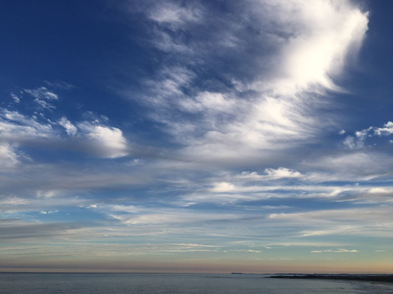 Sky Scenics Cloud - Sky Tranquility Sea Horizon Over Water Idyllic Day