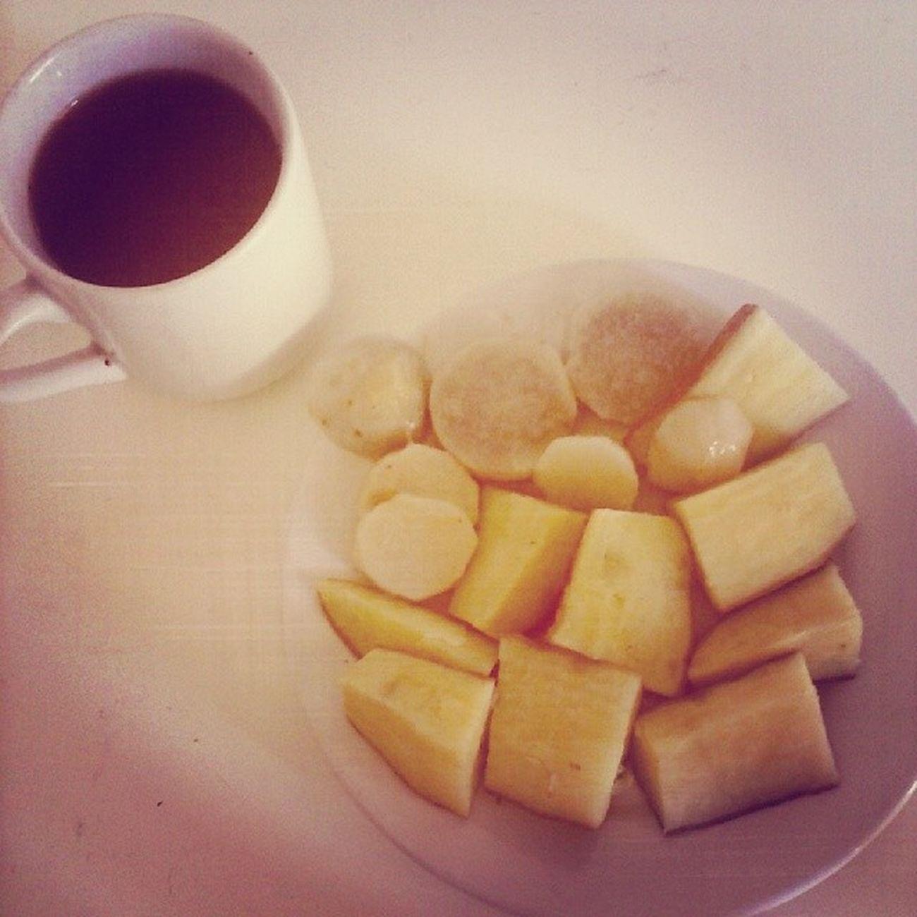 Haaa como eu sinto falta de comer Um salgado bem gorduroso no café da manhã Ganharmusculos Dietafitness Taaabom Jatoganhandomassamagra 3kgdemusculoemmenosde1mês
