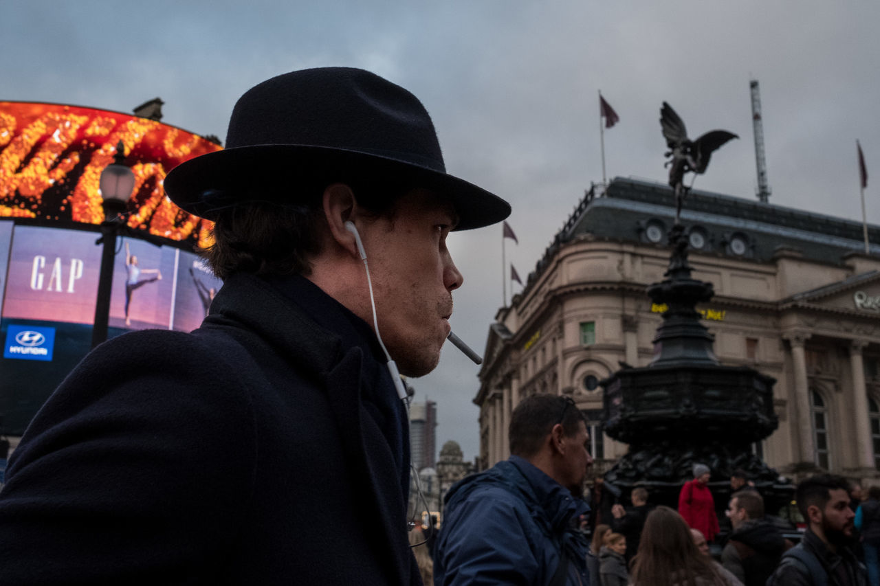 Piccadillycircus Piccadilly London Uk Hat Trilby Cigarette  Cigarette Time Eros Statue Man Coat