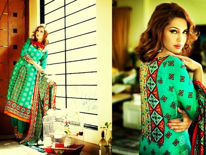 Hello World! Beautiful Dress  People Fashion