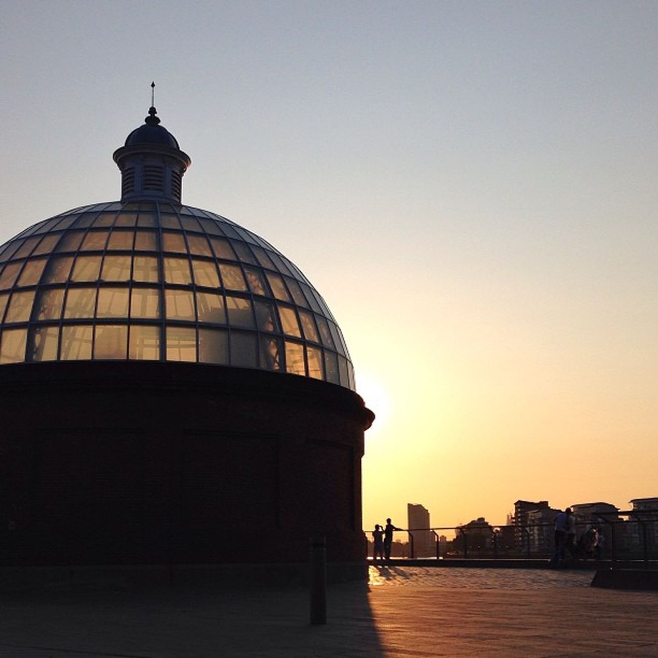 Just another stunning #sunset in #London ☀️???☀️ #greenwich #alan_in_london #gf_uk #gang_family #igers_london #insta_london #london_only #thisislondon #ic_cities #ic_cities_london #ig_england #love_london #gi_uk #ig_london #londonpop #allshots_ #aauk #y Ig_england Love_london Sunset Ic_cities_london London Ig_london Greenwich Aauk Gang_family Yourturnbritain Londonpop Allshots_ London_only Ic_cities Gf_uk Alan_in_london Insta_london Thisislondon Gi_uk Igers_london
