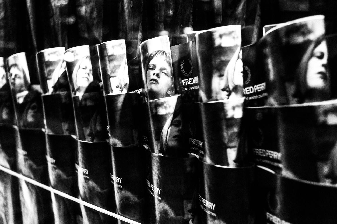 Street Night Streetphotography People City Light Blackandwhite Street Photography EyeEm Best Shots Dark Monochrome Leicacamera Tokyo Street Photography Monochrome Photography 35mm Cityscape Capture The Moment Close-up