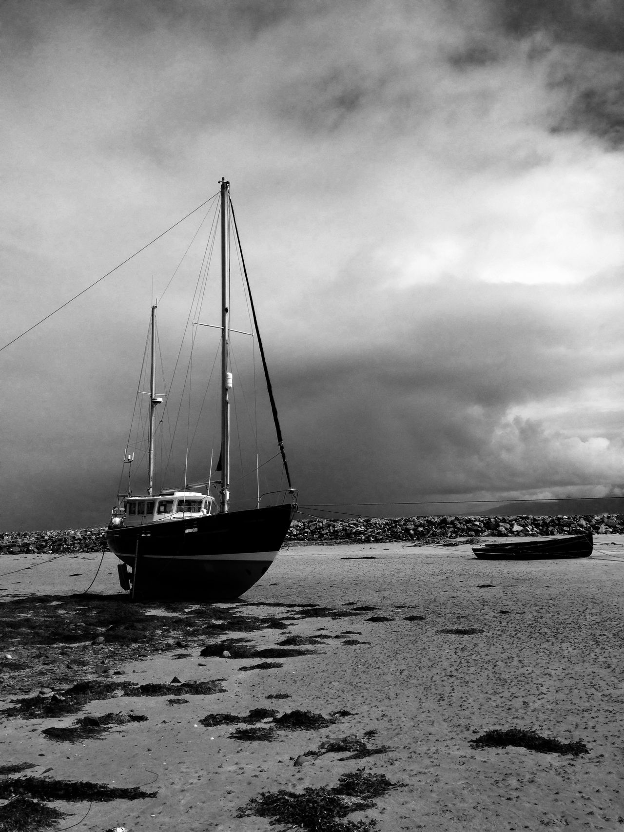 """Storm rolling in"" EyeEm Best Shots - Black + White EyeEm Best Edits NEM Submissions Every Picture Tells A Story EyeEm Gallery EyeEm Best Shots The Great Outdoors - 2015 EyeEm Awards"