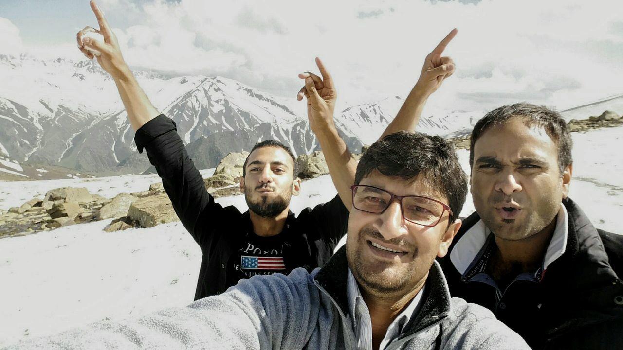 Gulmarg Gondola Apharwat Afferwat Kongdori Srinagar Kashmir Kashmir Nanga Parbat Mountains Selfie ✌