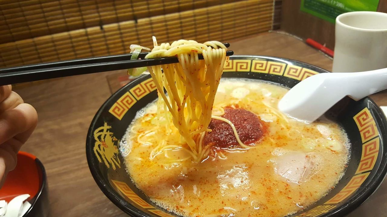 Food Food And Drink Indoors  Ready-to-eat Close-up Soup Noodlesoup Noodles Noodle Ramen Plate Food And Drink Japanese Culture ShareTheMeal Unhealthy Eating Japanese Style Bowl 🍜food Foodporn Foodphotography Foodie