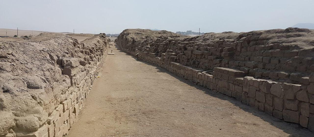 Ancient History Desert Sand Dune Ancient Civilization Old Ruin Outdoors Deserts Travel Destinations Check This Out! Pachacamac Lima,Perú