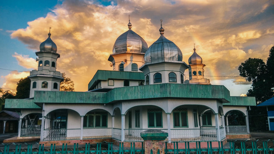 Architecture Building Exterior Built Structure Cloud - Sky Cultures Day Dome EyeEm Best Shots EyeEmNewHere Full Length Masjid Mosque No People Outdoors Place Of Worship Rainbow Religion Sky Spirituality Sunset Tranquility Travel Destinations The Secret Spaces