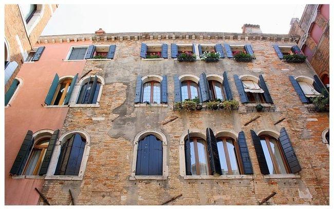 Architecture Window Venezia