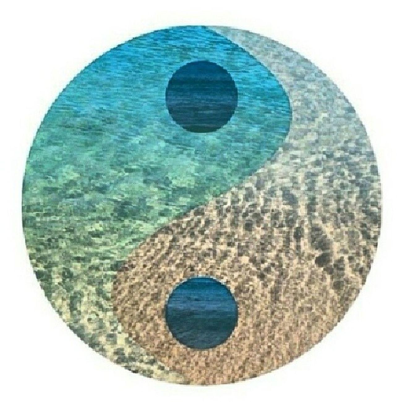Vamos buscar o equilíbrio... Yinyang Equilibrio Paz Instagood instamood instagramhub ?☀?