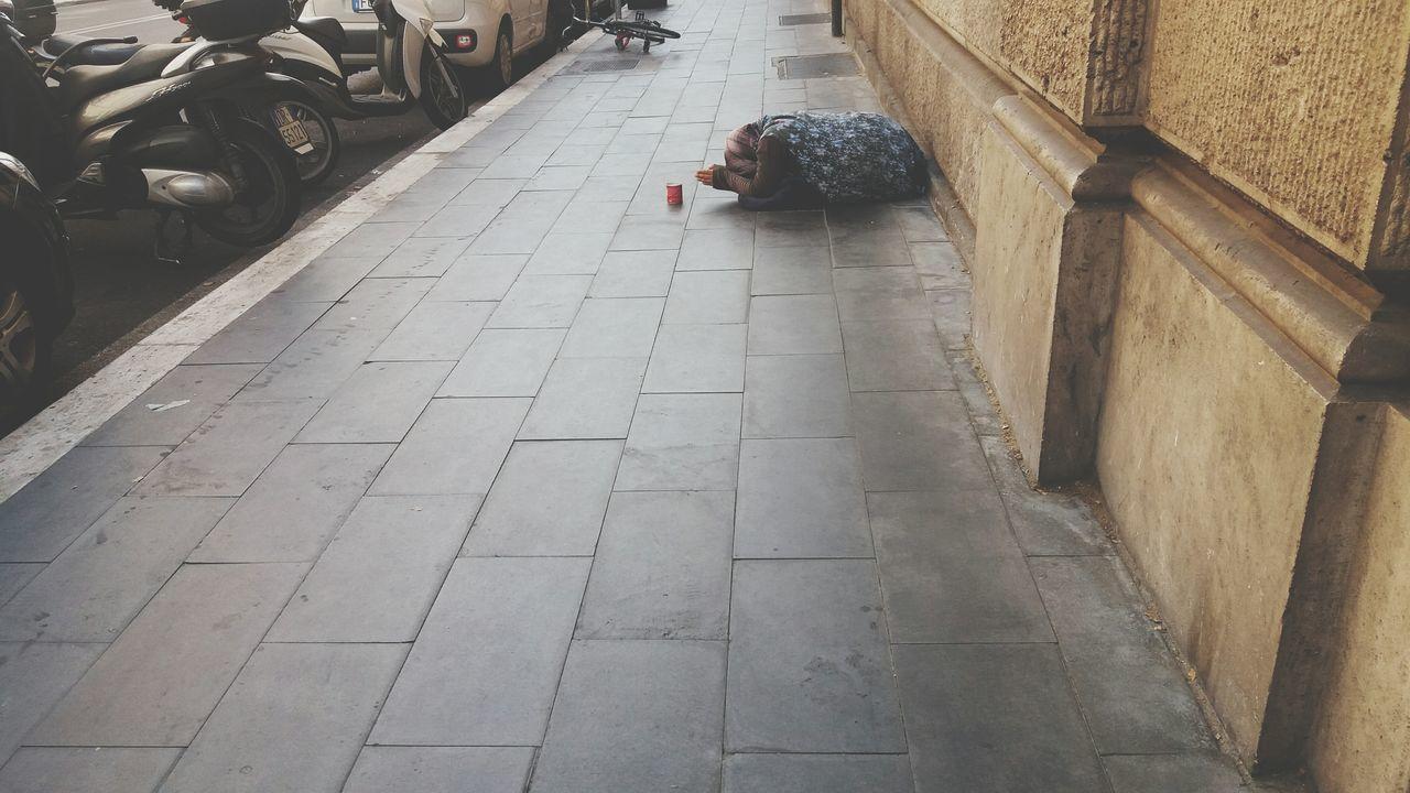 Roma Italy Povertà Streetphotography Stradediroma