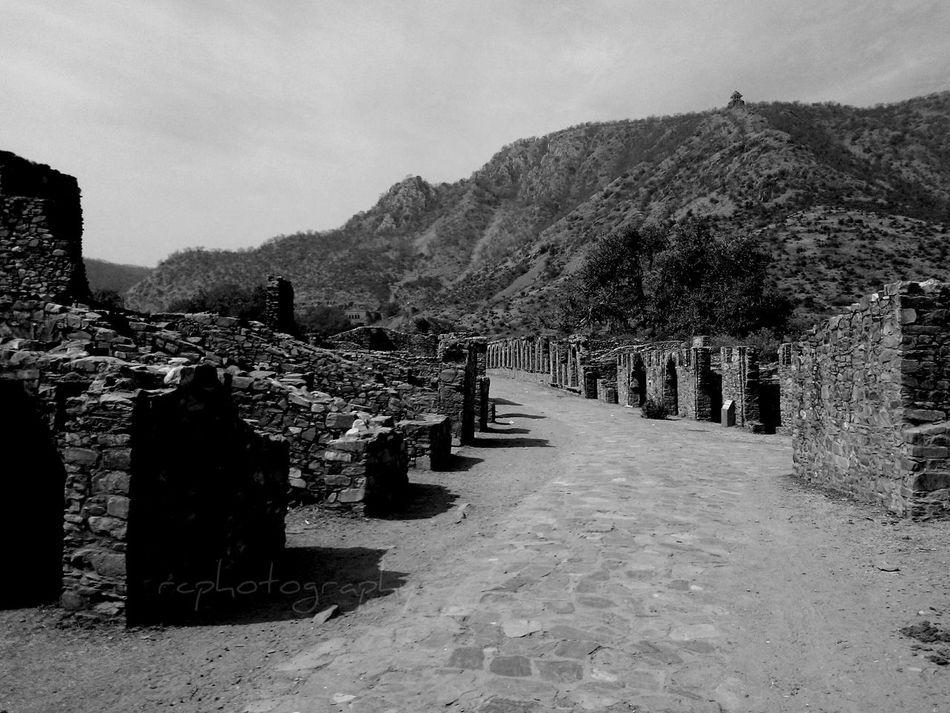 Alwar Bhangarh Fort Rajasthan India Ruins Haunted Palace Blackandwhite