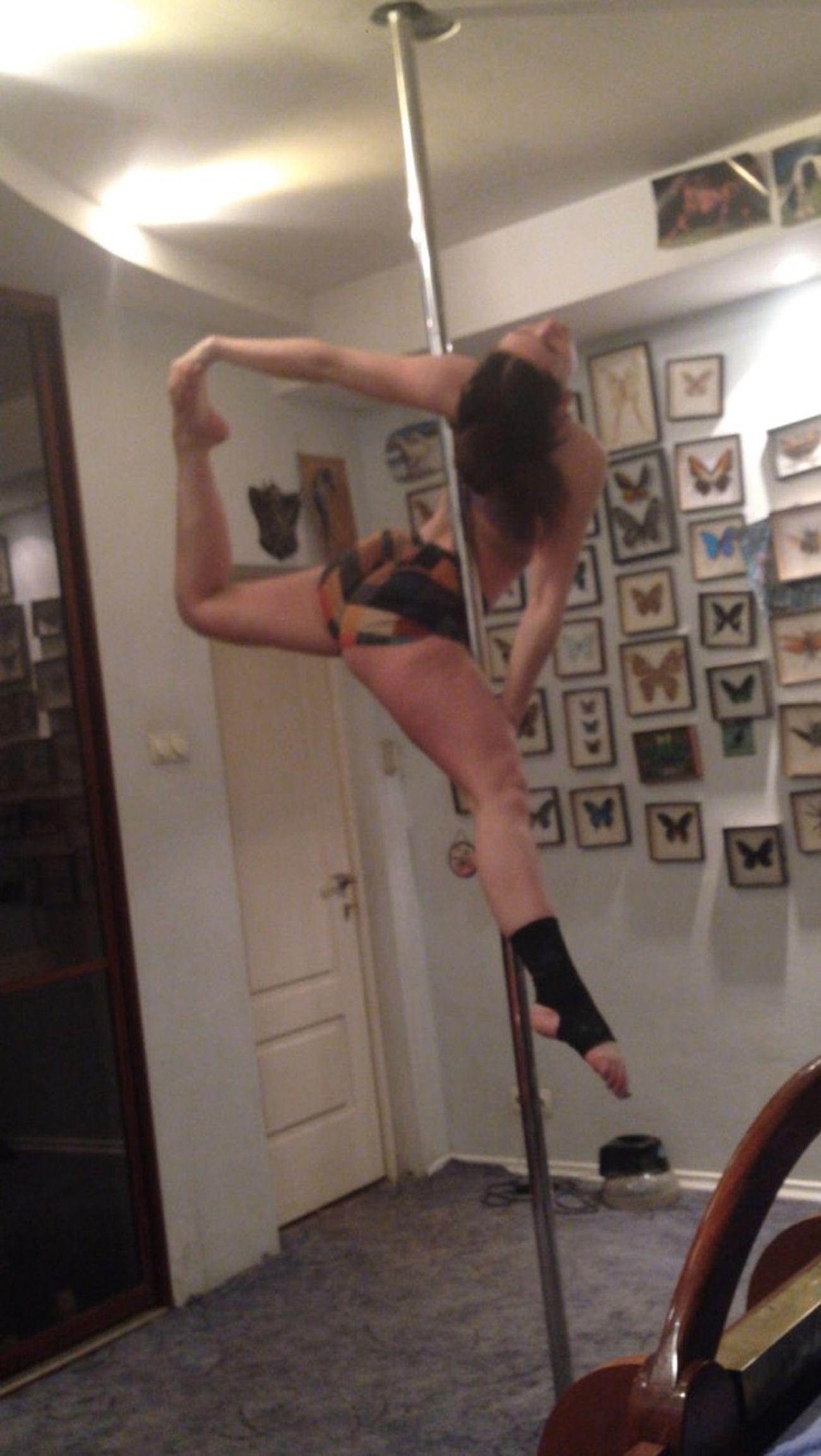 пилон полдэнс девушка гимнастика Body & Fitness Pole Dancing Stretching Poledance тело растяжка