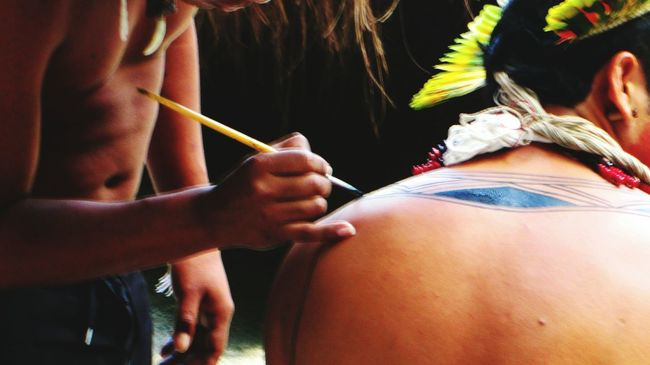 Hands At Work Body Painting Parquelage Pintura Indios Riodejaneiro Errejota  RJ