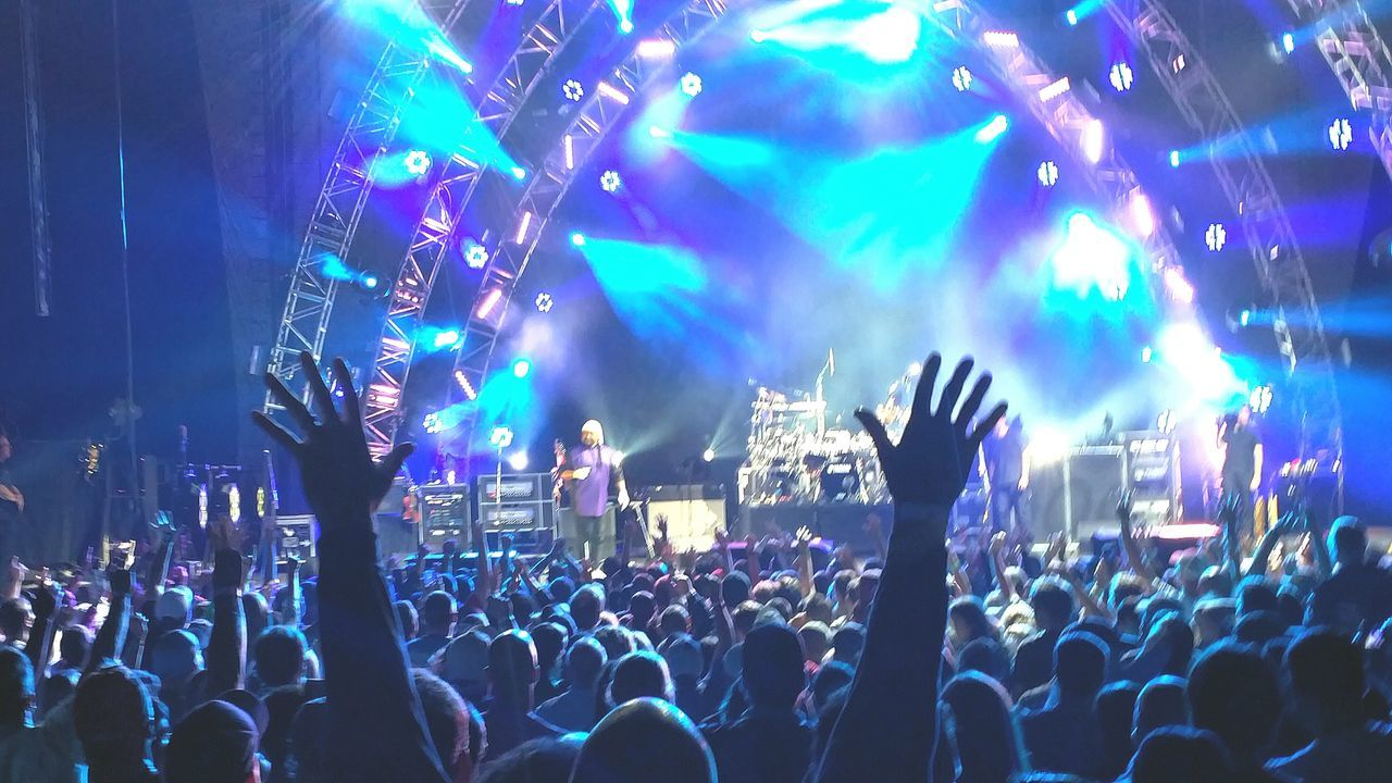 The Fan Club Dave Matthews Band Dave Matthews Band Show. Davematthews Dmb For The Love Of Music Dave Matthews Live Music Bands Bandswelove EyeEm Best Shots Eye4photography