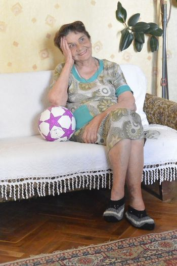 Color Colour Cute February February 2016 Februaryphotochallenge Football Gran Granmother Mother Nan Nana Nanna Perfect Perfect Match Perfect Moment Perfect Moment Captured Perfect Moments Perfect Pose Perfection Soccer Spontaneous Unpredictable