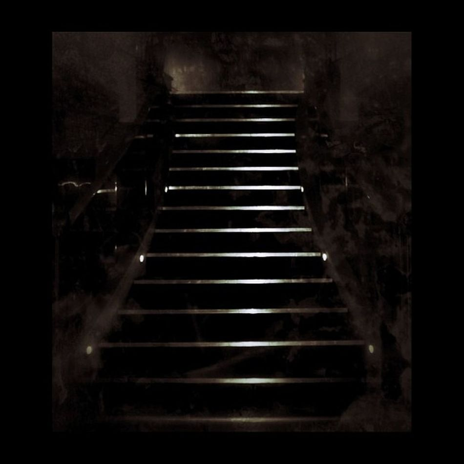 """""""Yesterday, upon a stair, I met a man that wasn't there... #creepy #igdungeon #instadark #stairs #dark_arts #masters_of_darkness Creepy Stairs Igdungeon Masters_of_darkness Ig_4every1_spooky Instadark Pj_creepystairs Dark_arts"""