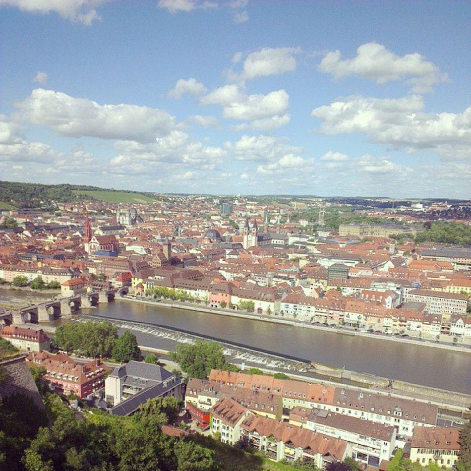 Würzburgs Altstadt von oben. :) #ThomyonTour Thomyontour